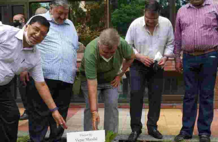 161st Income Tax Day: CBM planted a tree in Aaykar Bhawan sector-17